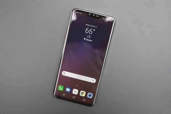 الكشف رسميا عن LG V40.. أول هاتف بـ5 كاميرات من إل جي