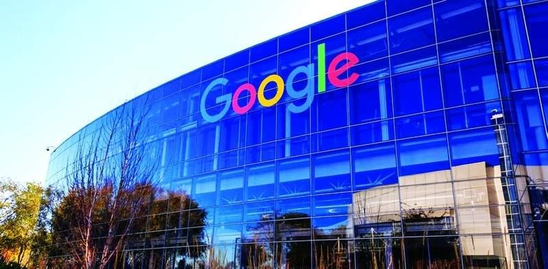Shoelace شبكة اجتماعية في الحياة الواقعة تنشأها جوجل
